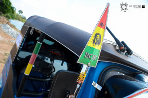 "TUK TUK DIARY 2: Presentando a ""Blue Marley"""