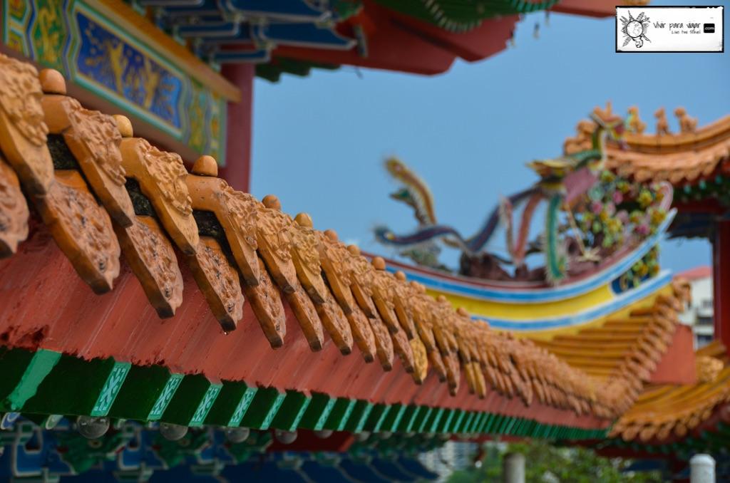 Sobre cómo los chinos nos cambiaron nuestras chanclas y nos hicieron parte de su campaña religiosa