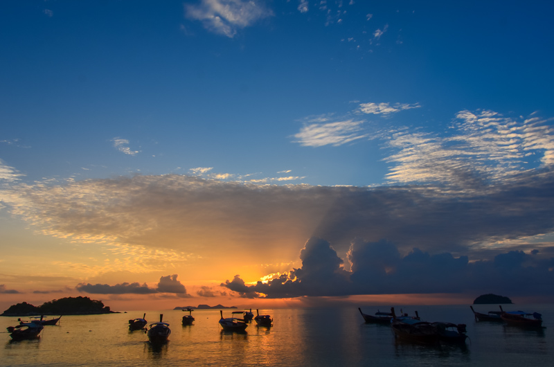 Sunrise-Beach-Koh-Lipe