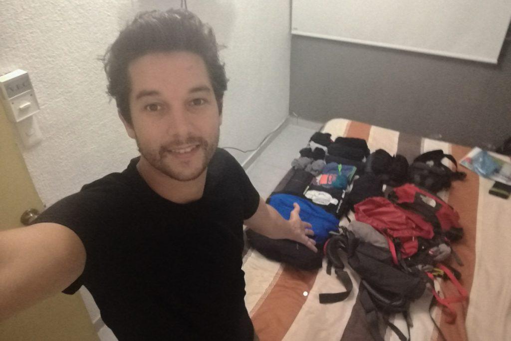 equipaje para un viaje largo